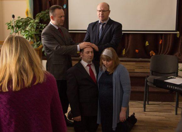 В Бережанській церкві «Преображення» відбулося рукопокладення на пасторське служіння